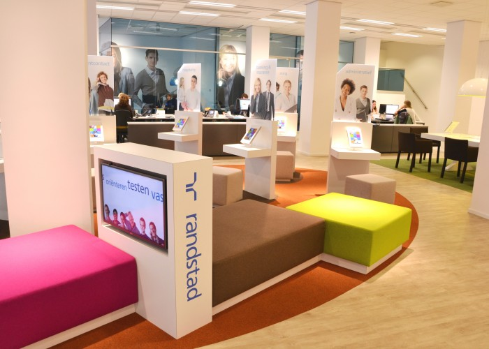 Randstad uses digital communication to attract the right candidate