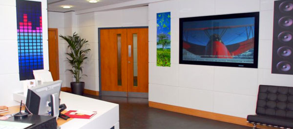 corporate communication digital signage