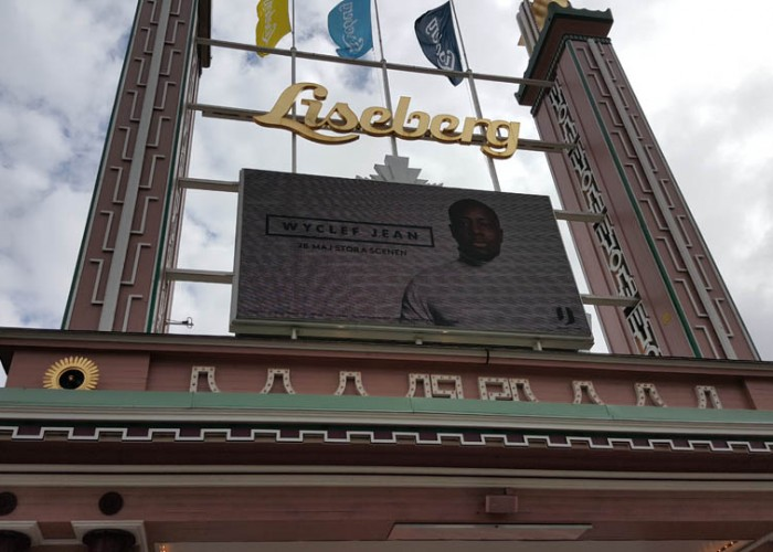 Liseberg catches visitors' attention with digital signage