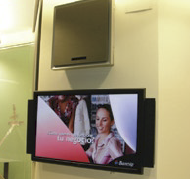 The critical objective for Banesto Bank's drive to implement Digital Signage in its branch offices is to enhance the level of customer service and improve communications with its customers.
