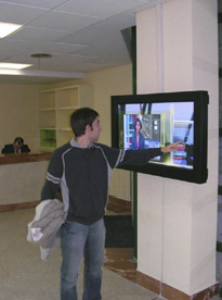 The Madrid Polytechnic University informs its students with Campus TV