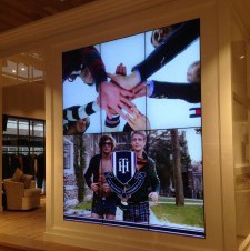 Tommy Hilfiger Scala Digital Signage