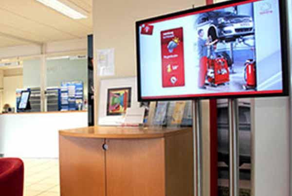 Camelback Toyota Scala Digital Signage